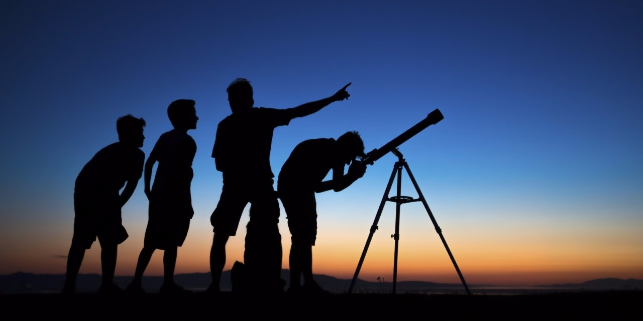 Top 10 Reflector Telescopes for Astronomy in 2018